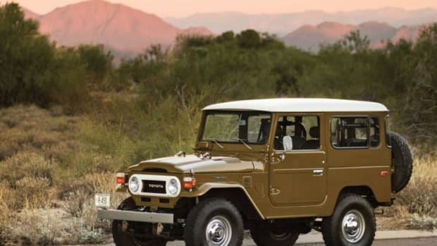 1977-Toyota-FJ40-Land-Cruiser-Front-Side-740x554
