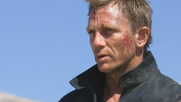 Celebrity-Daniel-Craig-As-James-Bond-007-2048x2048