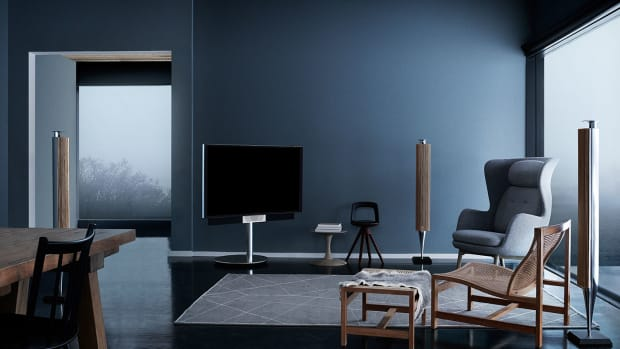 Bang-Olufsen-BeoVision-Avant-TV-High-Quality-UHD-4K-Speaker_Calibration