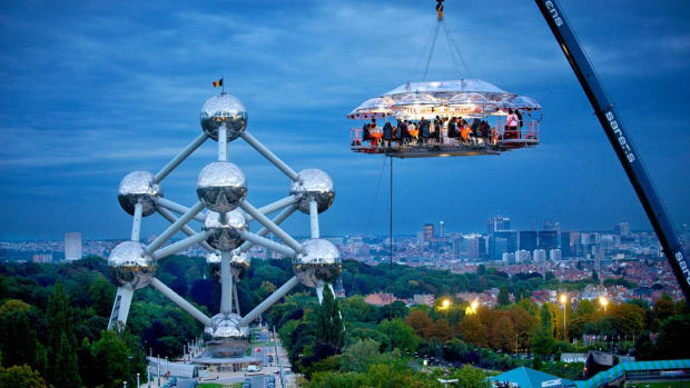 the-dinner-in-the-sky-restaurant