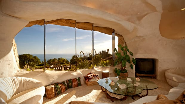 Hot Property | Mar. 11, 2012