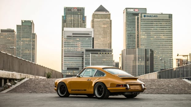 singer-porsches-in-london-17.jpg
