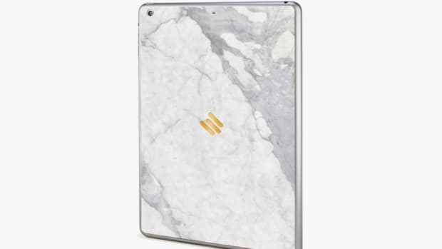 Mikol-Marble-iPhone-Case-05-960x640.jpg