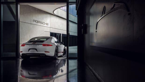 2016-porsche-911-carrera-gts-rennsport-reunion-edition-2-960x640.jpg