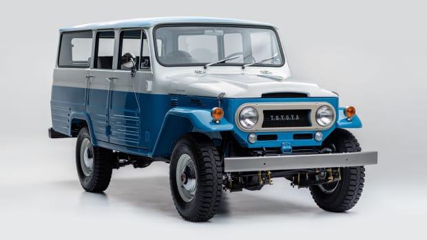 1967 Toyota Land Cruiser FJ45LV Capri Blue White FJ45-26319_002.jpg