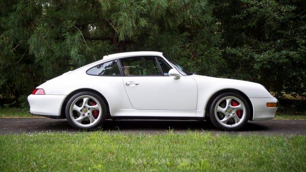 1996-Porsche-911-Carrera-4S_22