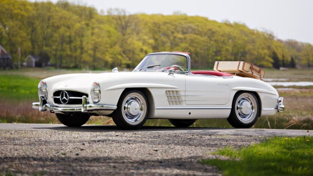 1963_Mercedes-Benz_300_SL_Roadster_0011
