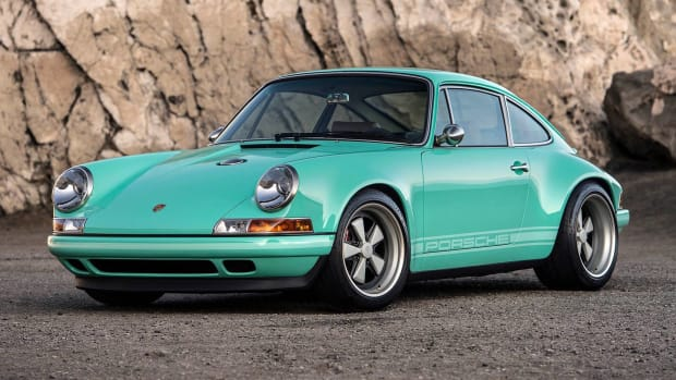The-Malibu-Car-Singer-Vehicle-Design-Porsche-911-310