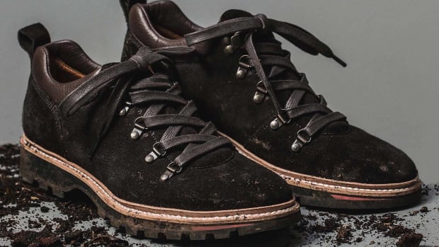 editorial_mens_workshop_q417_hiker_chocolate_01_2880