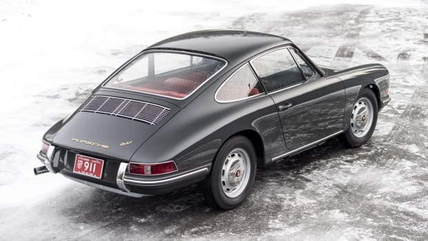 1966_Porsche_911_9217