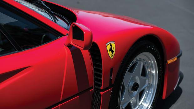 1991-Ferrari-F40_15