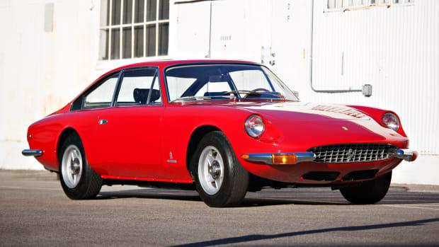 1970_Ferrari_365_GT_2_Plus_2_0008