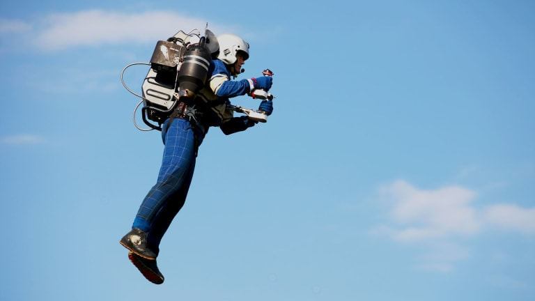 Watch The World's First Jetpack Fly Around New York