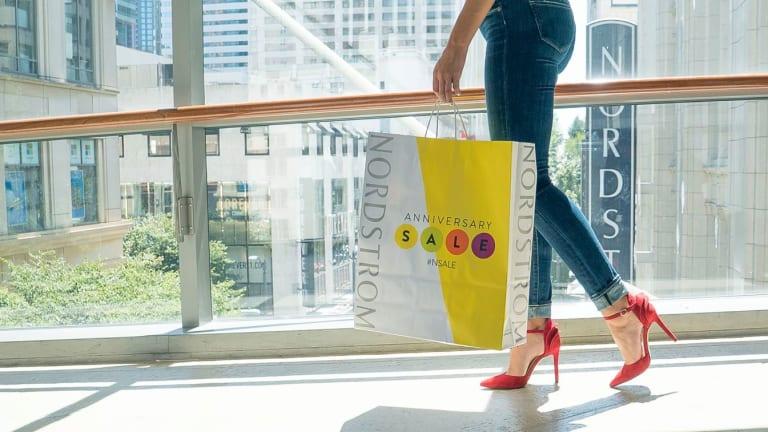 This Week In Money: Nordstrom, Macy's, Fidelity, Snapchat, Alibaba