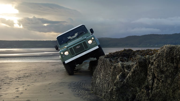 Cool Video Showcases The Land Rover Defender Heritage Edition In Action