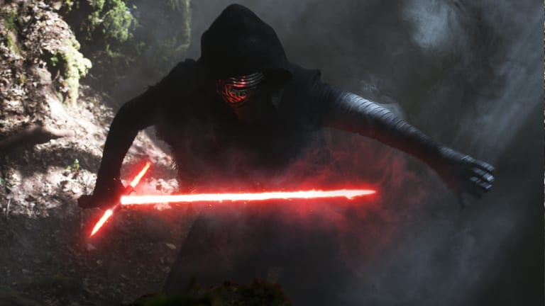 Kylo Ren Has A Hilarious Twitter Account