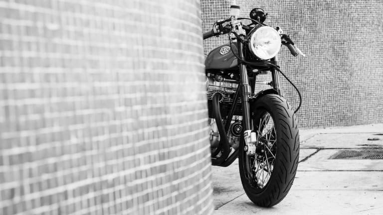 Dues Ex Machina's Icie 800 Cafe Racer Will Knock You Out With Its Beach Style