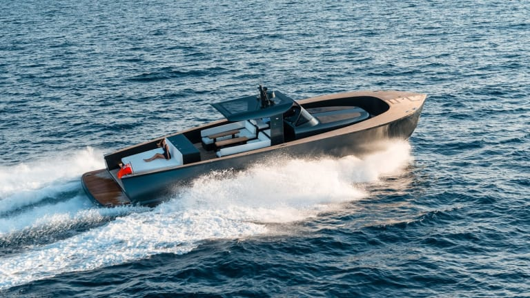 Alen Yacht's 55-Foot Luxury Motorboat Is Dripping With Style