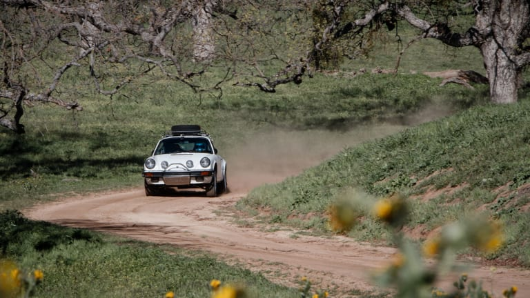18 Stunning Photos Of The Luftgekühlt 911 Safari In Action