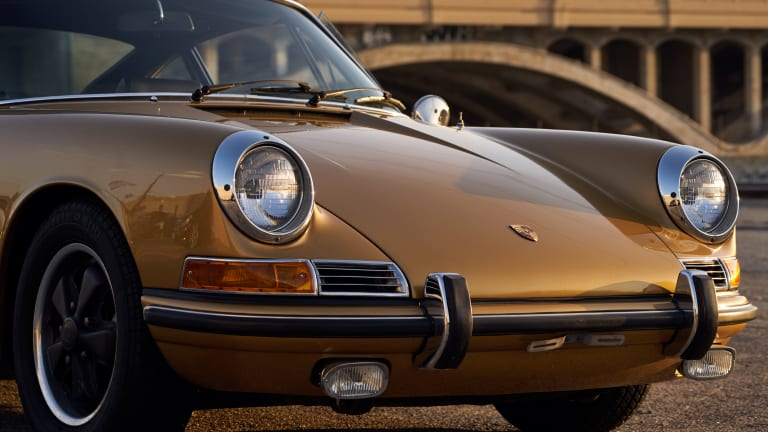 This Stunning Vintage Porsche Has The Midas Touch