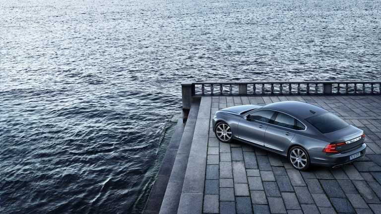 Feast Your Eyes on the New Ultra-Lux Volvo S90
