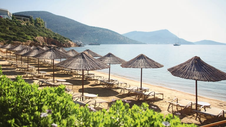 23 Photos That Will Make You Want To Visit The Incredible Barbaros Bay