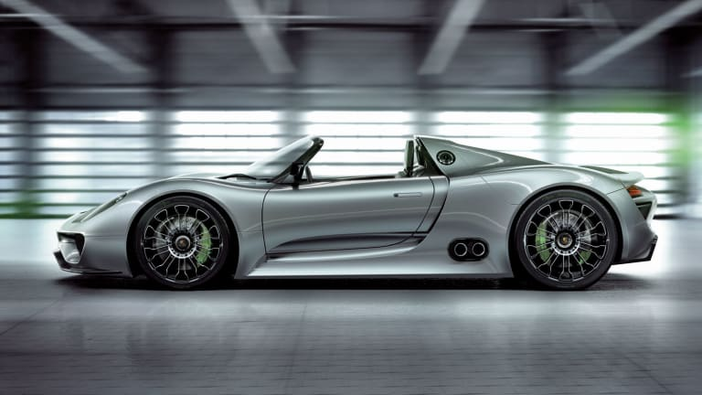 A Beautiful Look At How Porsche Builds Their Amazing 918 Spyder