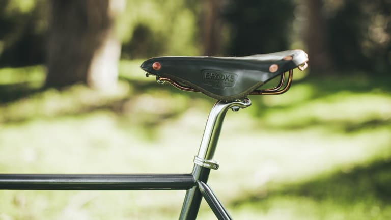 Taylor Stitch Crafted a Handsome Vintage-Inspired Bicycle
