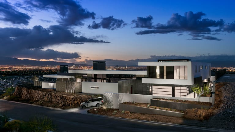 This Las Vegas Home Commands Uninterrupted Valley Views for Days