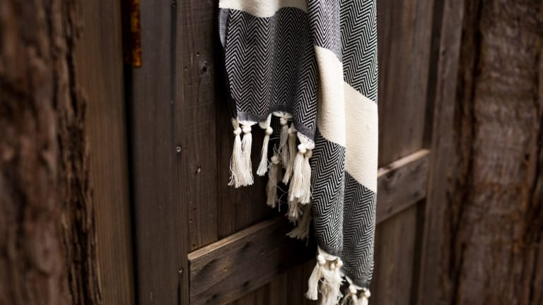 Refresh Your Bathroom With These Stylish Turkish Towels