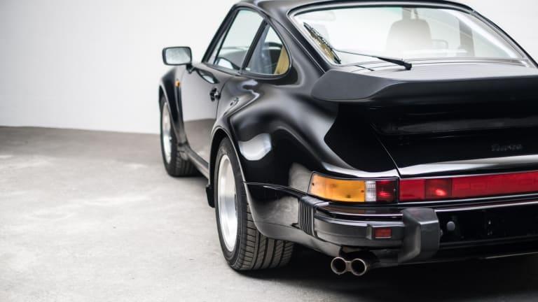 This 1989 Porsche 911 Turbo Is So Pretty It Hurts