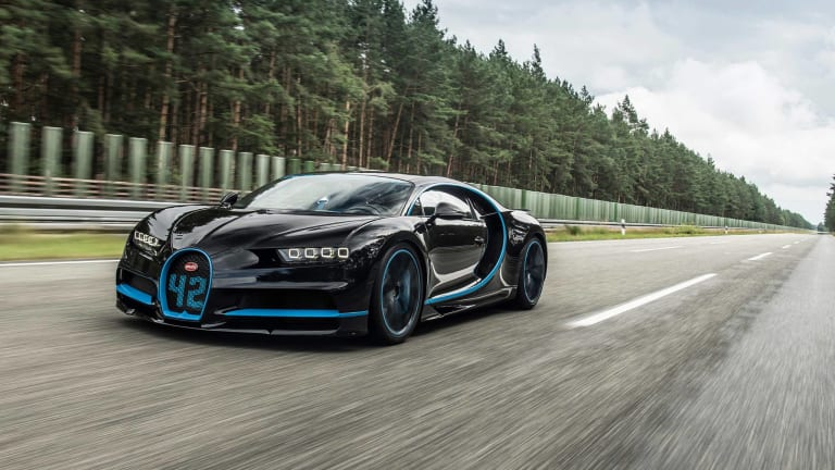 Watch the Bugatti Chiron Make 0-248-0 MPH Dash in Record Time