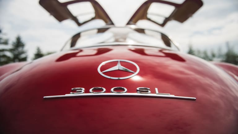 18 Stunning Photos of a 1954 Mercedes-Benz 300 SL Gullwing