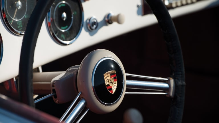 12 Stunning Photos of a 1956 Porsche 356 A 1600 Speedster