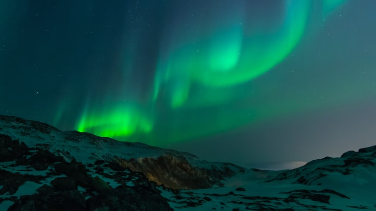 Unwind With This Incredibly Relaxing Northern Lights Video