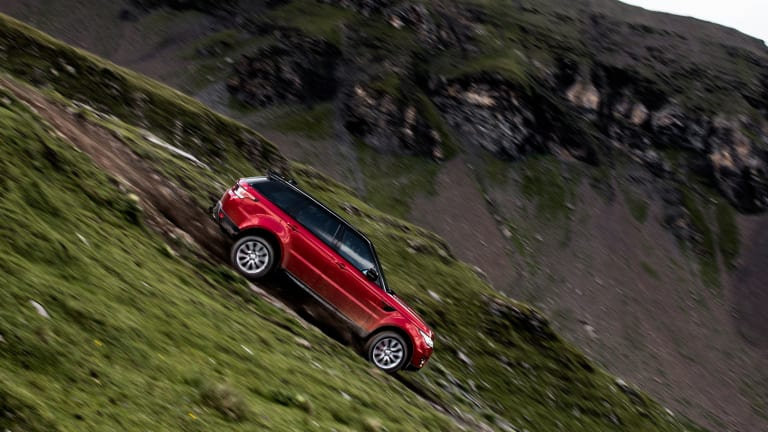 Watch a Range Rover Dominate Switzerland's Steepest Ski Run