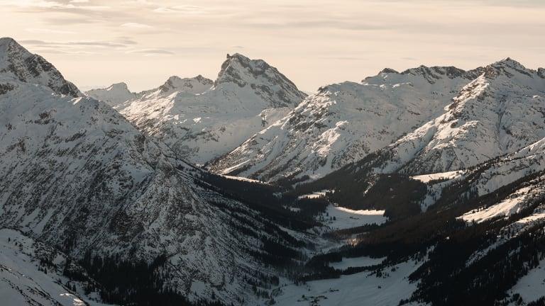 40 Dreamy Photos Touring the Austrian Alps
