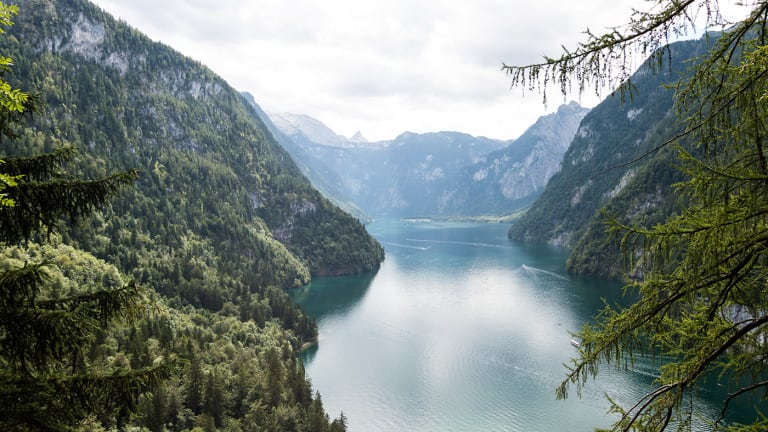 Marvel at These Wondrous Lake Landscapes Through Europe