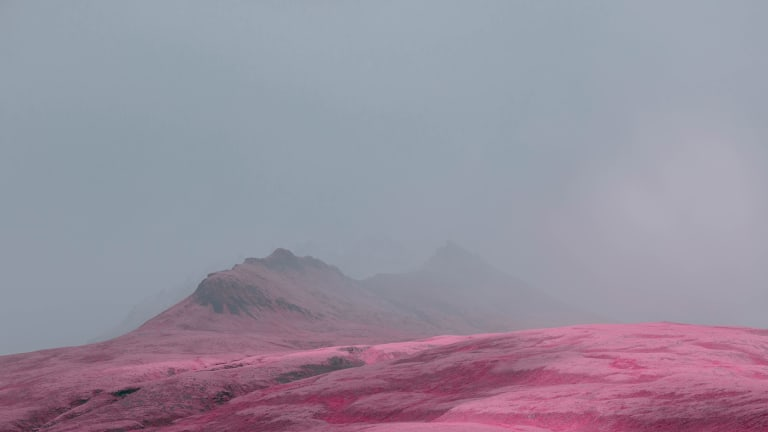 Treat Your Eyes to These Otherworldly Icelandic Dreamscapes