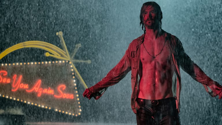 The New Chris Hemsworth Movie Looks Like Tarantino-Esque Fun