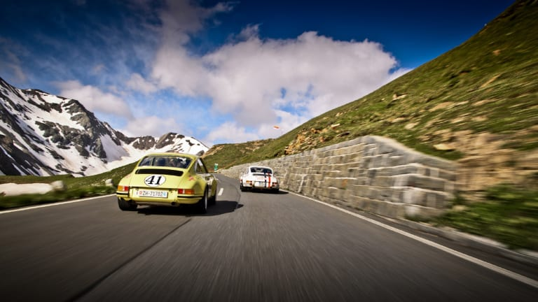 30 Stunning Photos of Porsches Old and New Racing Through the Alps