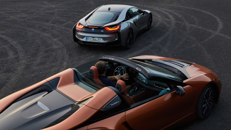 BMW Debuts i8 Roadster