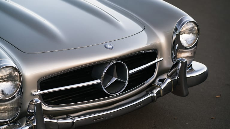This 1957 Mercedes-Benz 300 SL Roadster Is a Thing of Beauty