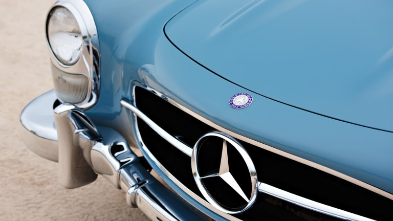 This 1957 Mercedes-Benz 300 SL Roadster Has Style for Miles