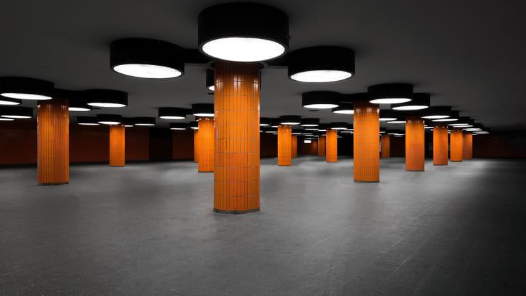 Go Underground In This Deserted Subway Station Photo Series