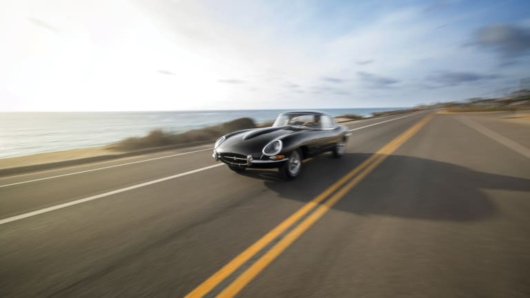 Car Porn: 1961 Jaguar E-Type Series 1