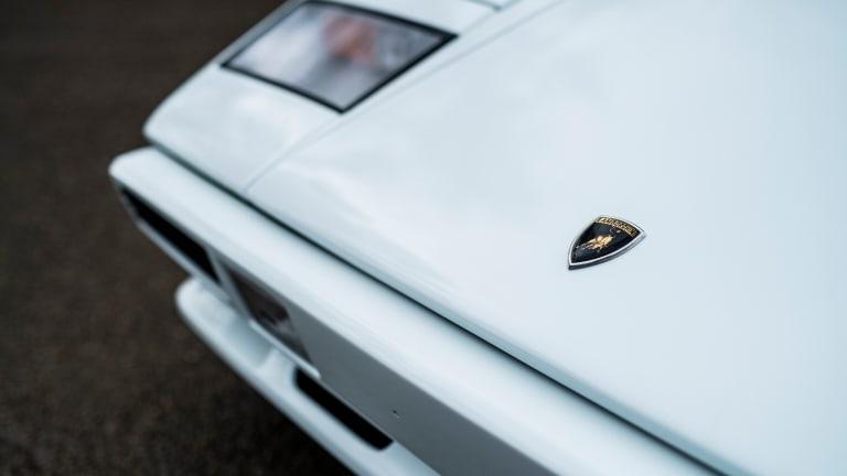 Car Porn: 1984 Lamborghini Countach LP500 S