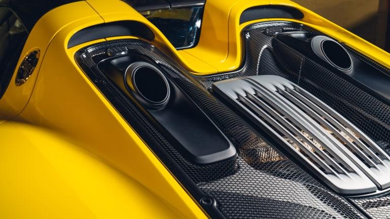Car Porn: 2015 Porsche 918 Spyder