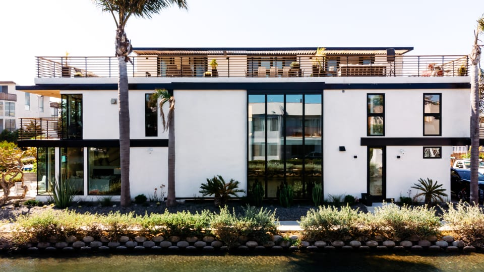 This Contemporary House in Venice Beach Is a Design Masterpiece