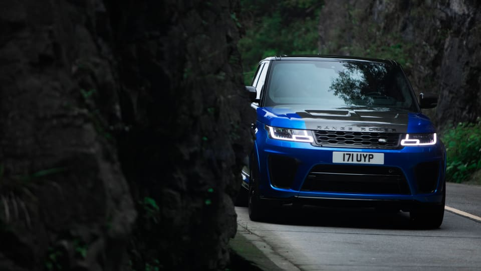 The Range Rover Sport SVR Is Rip-RoaringCarfection